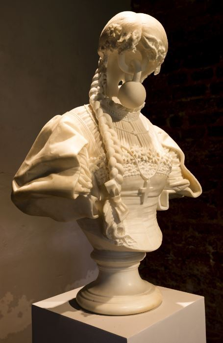 Jonathan Owen, Untitled, 2016, 19th century marble bust with further carving, 80 X 66 X 45 cm, Pepper House